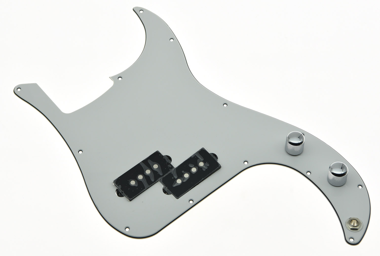 White 3 Ply Prewired Loaded P Bass Pickguard For Precision Bass Guitar