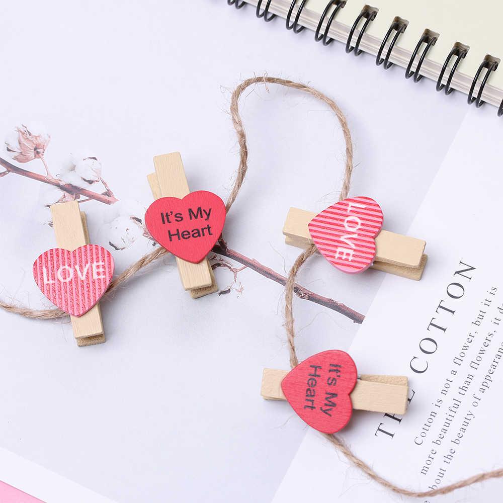 50 un Lindo Mini Clavijas de Madera en Forma de Corazón Decoración Habitación de Boda Craft clips de foto