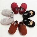 100% Zapatos de Los Muchachos de Bebé de Cuero Genuino Bebé Mocasines Corona y Las Estrellas de Fondo Blando Primeros Caminante Envío gratis