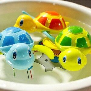 Image 3 - Einzigen Verkauf Nette Cartoon Tier Schildkröte Klassische Baby Wasser Spielzeug Infant Schwimmen Schildkröte aufgewickelten Kette Clockwork Kinder Strand bad Spielzeug