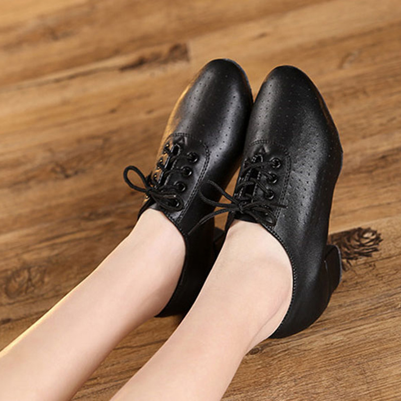 New Arrival Womens Latin Dance Shoes Breathable Split Sole Indoor Ballroom Tango Dancing Heels Teathers Dance Training Shoes