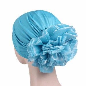Image 5 - Helisopus yeni kadın büyük çiçek türban elastik bez saç bantları şapka kemo bere bayan müslüman eşarp saç aksesuarları