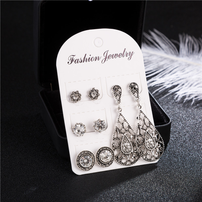 4 Pairs Vintage Crystal Stud Earrings For Women Antique Silver Hollow Out Tiny Round Earring Set Statment Wedding Party Jewelry in Stud Earrings from Jewelry Accessories
