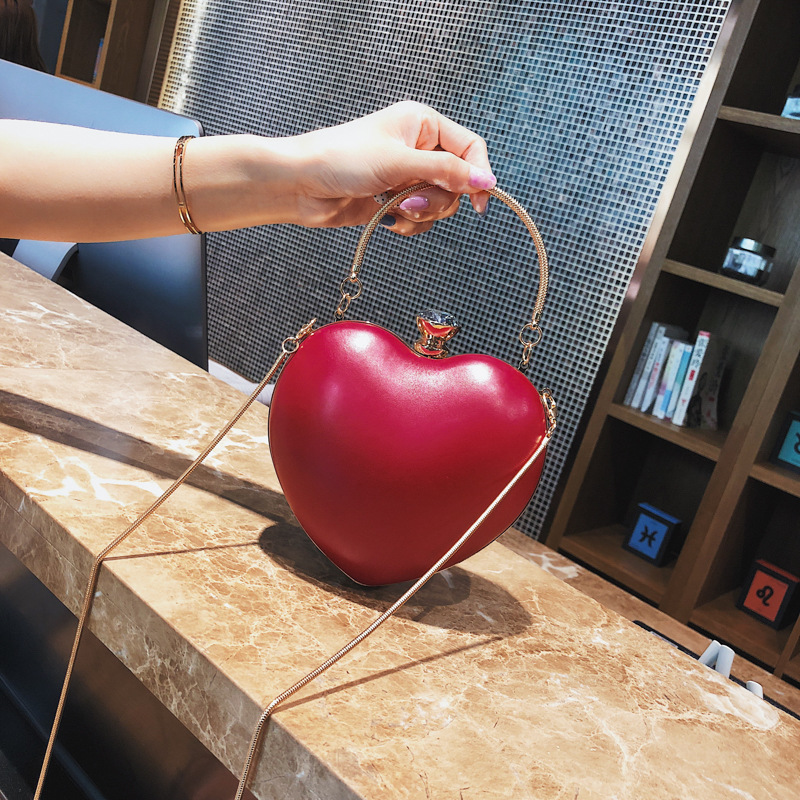 2018 Special Heart-shaped Bag In Korean Version, Crossbody Evening Shoulder Bag with Chain, Messenger Bag цена