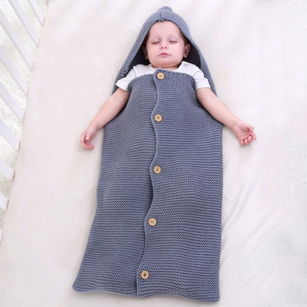 Bébé Sacs de Couchage Tricoté Solide Couleur Enveloppe Pour Nouveau-Né Unisexe Sweat À Capuche Infantile Poussette Sleepsack Bouton Up Infantile Swaddle Wrap