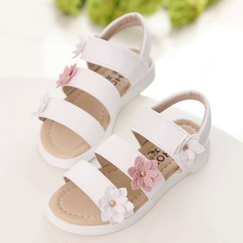 c7b113fd664a Summer Kids Girls Sandals Baby Shoes Pink White Princess Flower Children  Fashion Light Leather Flat Beach Roman Sandals Non slip-in Sandals from  Mother ...