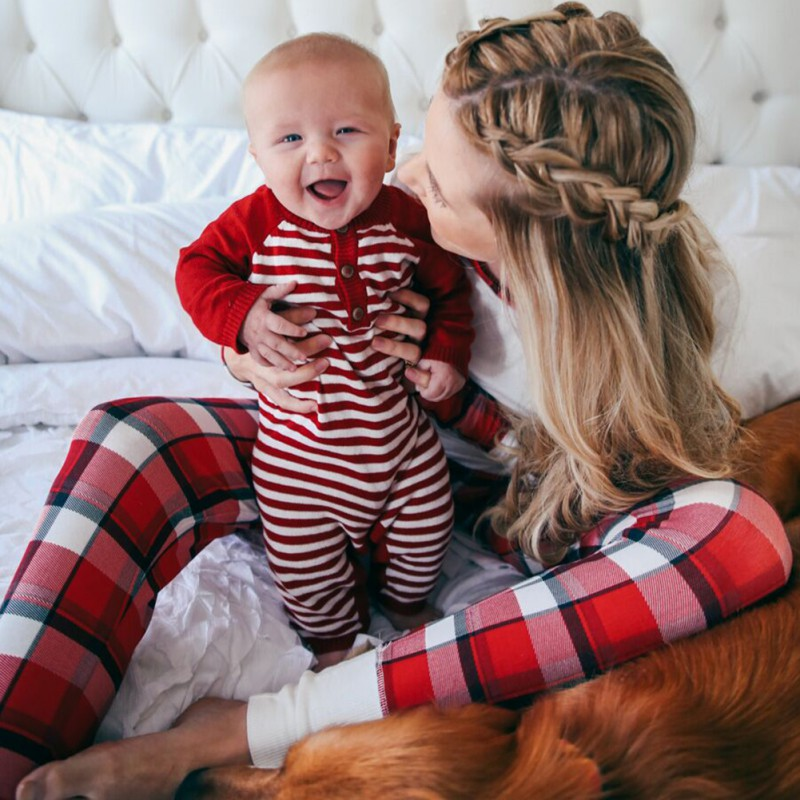 Mother Baby Daughter Clothes Christmas Day Family Matching Pajamas Set Night Wear Suits Cotton 2pcs T-shirt + Striped Pants