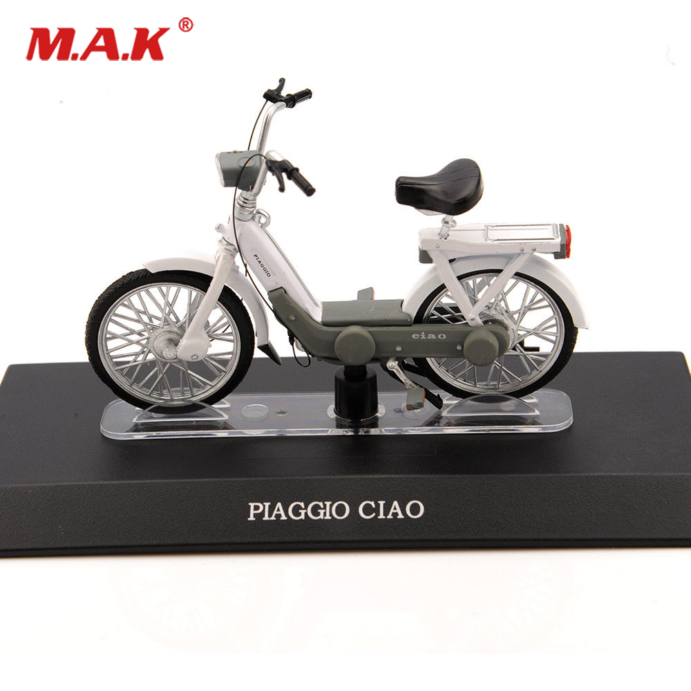 Cheap Toys 1:18 Scale PIAGGIO CIAO White Electric Alloy Diecast Motorcycle Vehicles Moto Kids Toys Collection Gifts