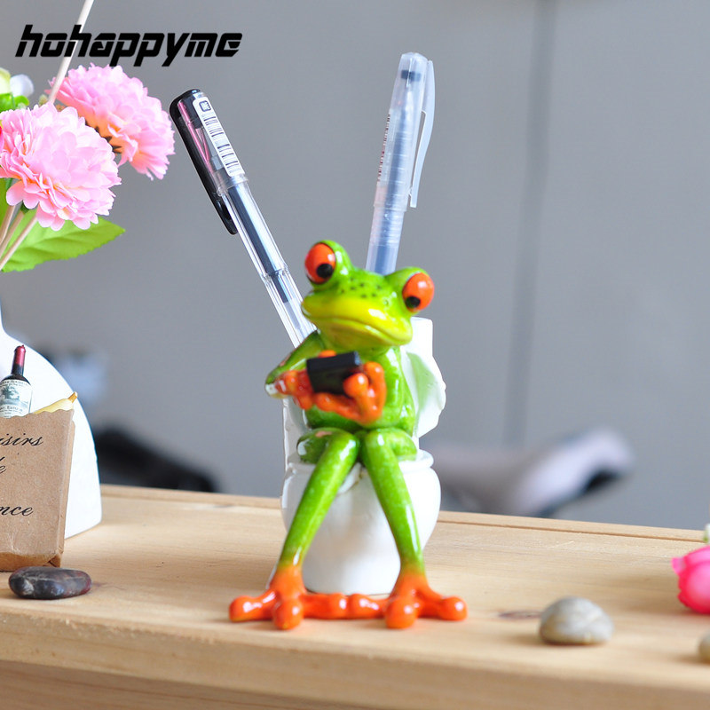 3D Frog Figurines Kawaii Crafts Sitting Toilet Ornaments Car Home Decor A