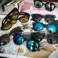 2016 Hot 8 Colores UV400 Gafas de Sol de La Vendimia Para Las Mujeres de Los Hombres Diseñador de la Marca Femenina Masculina Gafas de Sol Gafas de Lujo Famosos