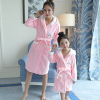 2018 Fall Winter Girls Sleeping Gown Princess Coral Night Robe Baby Kids Flannel Parents And Child Long Housewear Bathrobe A850