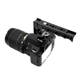 Image 2 - Manija de zapato Universal en frío/caliente, agarre de carga, cámara DSLR de tiro de ángulo bajo para Canon/Nikon/Sony/Pentax