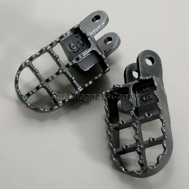 1Pair Motorcycle Foot Pegs Motocross Footrests for Honda XR650L XR250/400 CR80 1996-2005 XR350R 83-84 XR600R 89-00 XR650R 00-05