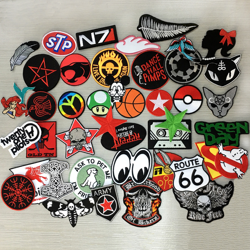 Wholesale 24 pcs Mint Mix~Random cartoon rock punk Sport Car Racing Logo Patch Iron Sewing Decor