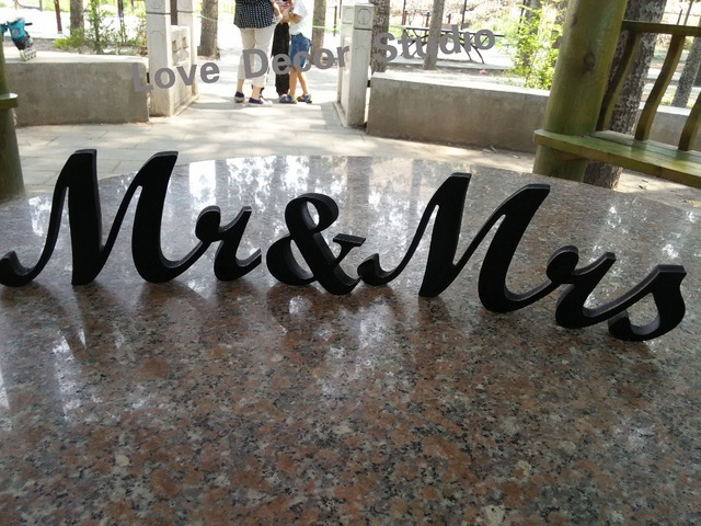 Mr and Mrs Signs Wedding Sweetheart Table Decor Mr & Mrs Wooden ...