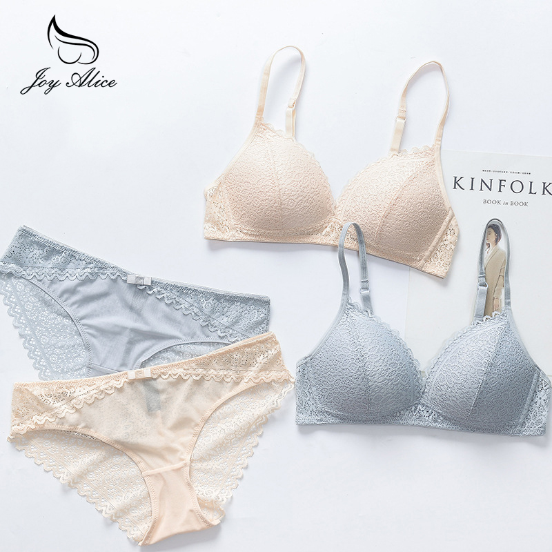 2018 New style lingerie bra & briefs Thin Cup Wire Free Bra set With Lace Patchwork Lingerie Underwear Sets Women Brassieres