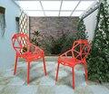 Черный константин пластиковые обеденный стул. геометрическая конструкция полых. синтетический полимерный материал. из нержавеющей стали ноги