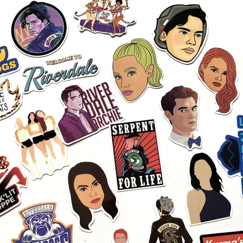 35 Pz/set Riverdale Adesivi Per Il Computer Portatile Di Skateboard Decorazione Della Casa Auto Styling Decalcomanie In Vinile Di Doodle Fresco Fai Da Te Per I Bambini Il Regalo F5