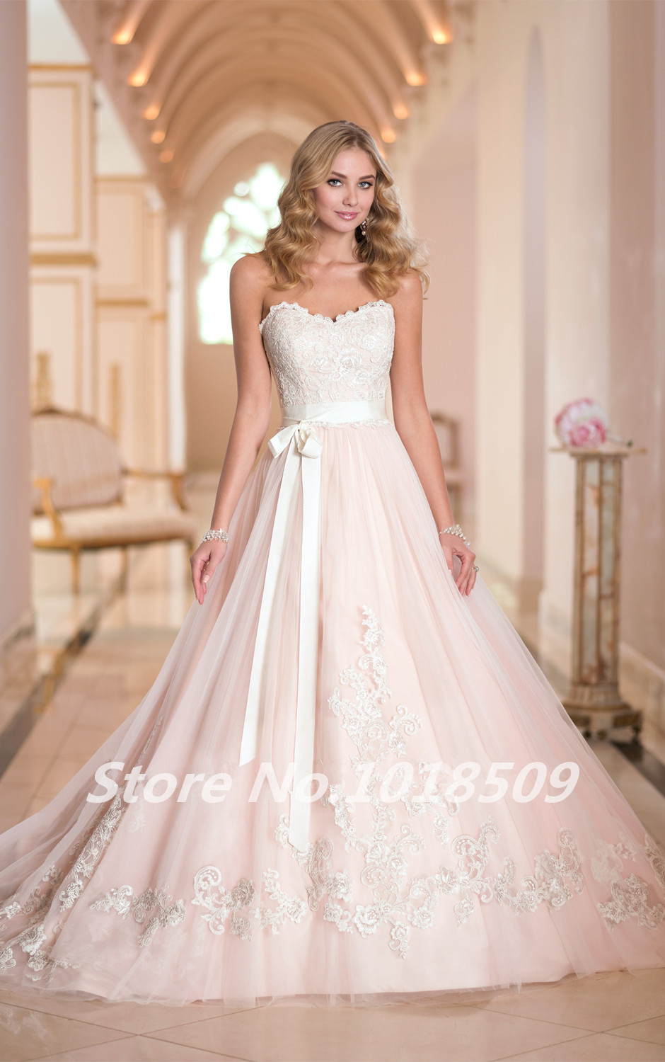 Ball bridal Gown Sweetheart Lace appliques Luxurious Sash Girl Vintage Sexy Sash 2018 New Arrival mother of the bride dresses