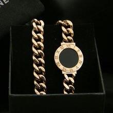 Женский браслет из нержавеющей стали в виде букв розового золота