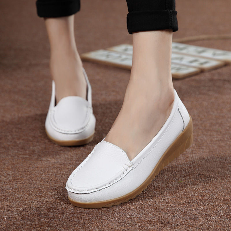 Plus Size 35-40 Genuine Leather Women Shoes 2018 Spring Fashion Soft Lace-up Casual Flat Shoes Peas Non-Slip Outdoor Shoes 8809W fashion brand genuine leather shoes for women casual mother loafers soft and comfortable oxfords lace up non slip flat moccasins