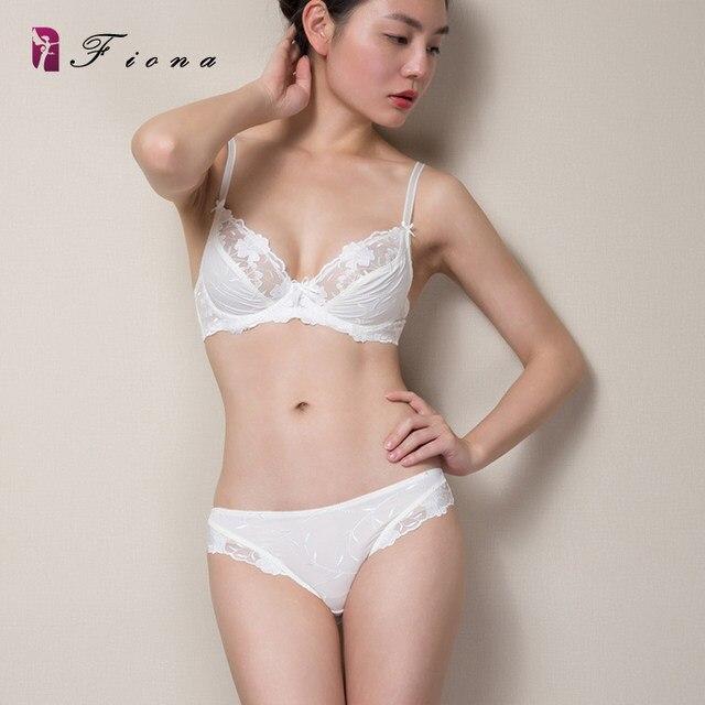 63128ca0d6182 new super sexy lace bra briefs set ultra thin underware lolita girl bra set  summer transparent lace bra high end XD1007-1