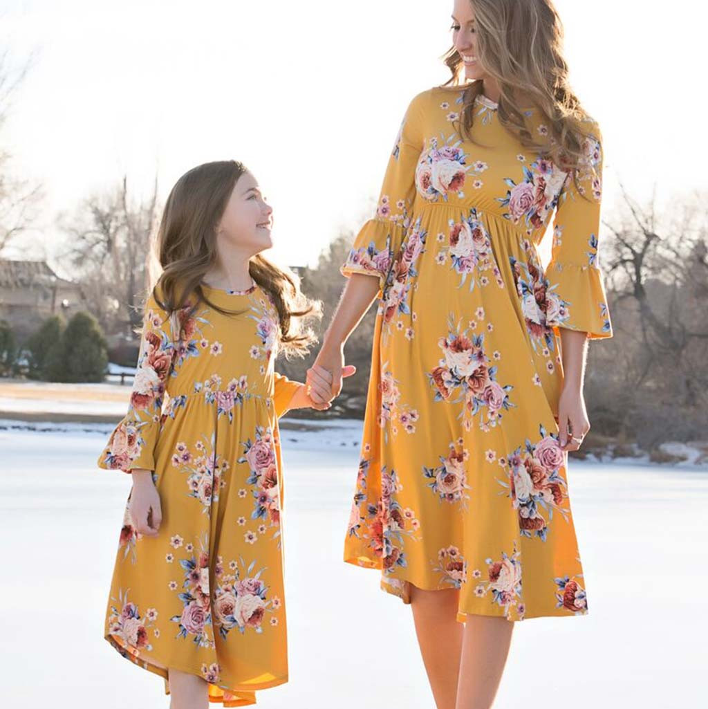 Dresses Mommy Outfits Long-Family-Look Fashion for Daughter Floral Girls Matching And
