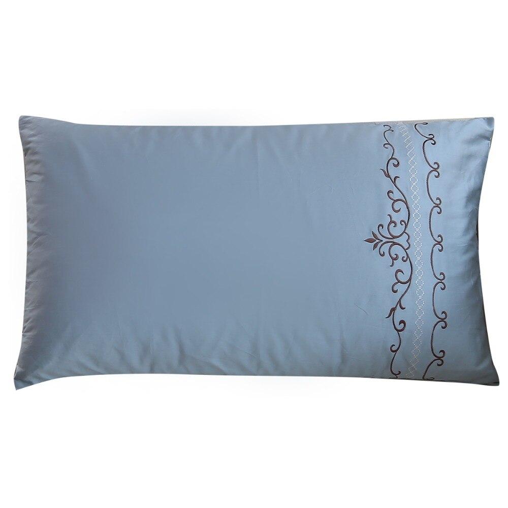 100%綿の寝具枕カバーを一致させることがベッドシート、ブルー白刺繍入り枕カバー、トリビュートシルクサテン枕カバー
