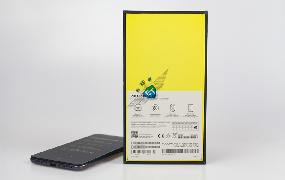Xiaomi-POCOPHONE-F1-REAL-PICTURE-with-logo-5