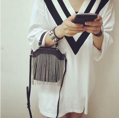 В стиле панк Модные кисточка сумка мини Сумки через плечо для Для женщин дизайнер Сумки высокое качество сумка-мешок Сак Главная Femme