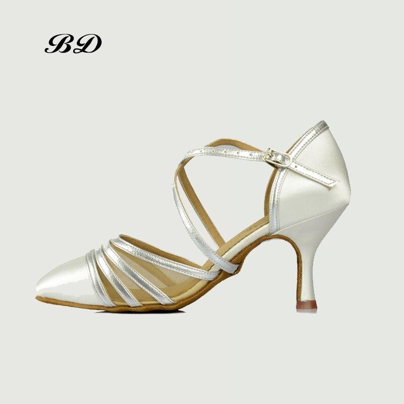 2018 nouveau Top chaussures de danse salle de bal femmes chaussures latines BD 166 Jazz moderne Tango valse blanc Satin SALSA adulte chaussure fille talons hauts