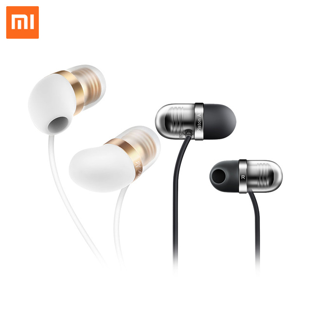 Original Xiaomi Piston 3 4 Capsule Earphone with Mic Remote Silicone Headset for Xiaomi IOS Phones In-Ear Computer MP3 Piston3