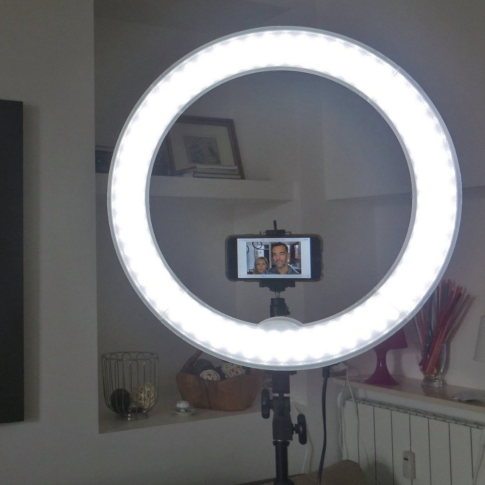 Ring Light For Mobile With Stand 9