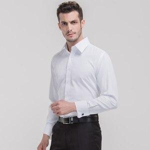 Image 5 - クラシックメンズスプレッドの襟フレンチカフドレスシャツポケットレス設計標準フィット長袖ツイル宴会結婚式シャツ