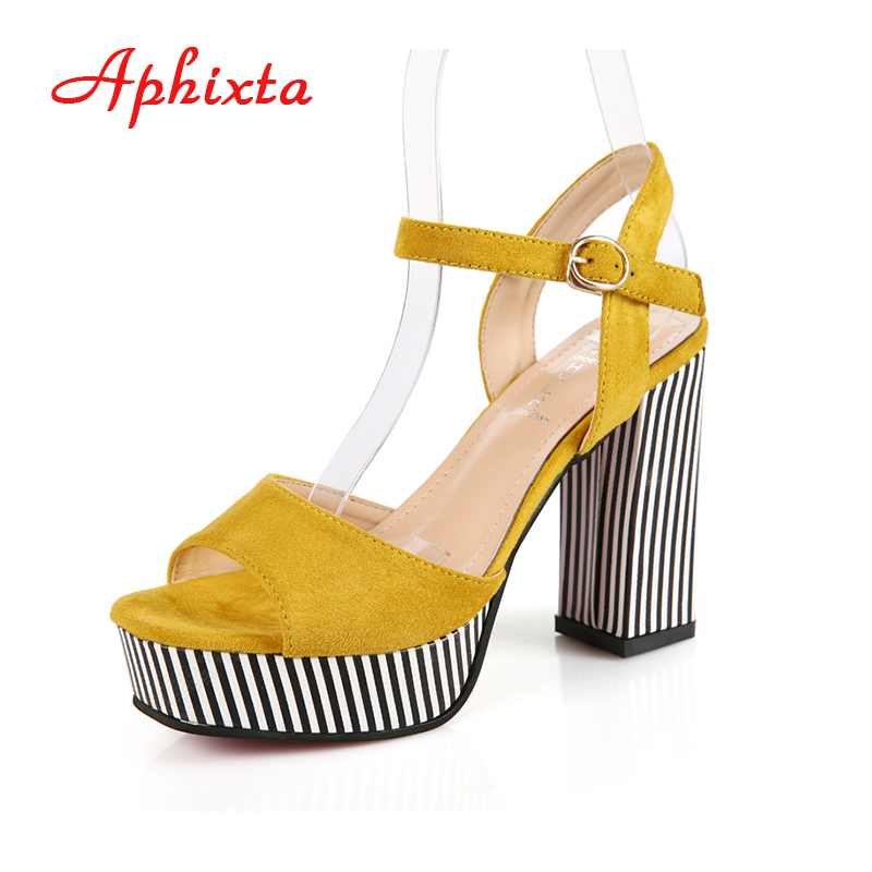 Aphixta 2017 Shoes Women Platform Thick Heels Peep Toe Summer Super High Heel Buckle Strap Women Sandals Casual Party Sexy Shoes lucyever women casual peep toe shoes thick platform creepers sandals woman fashion wedges high heels stars summer shoes