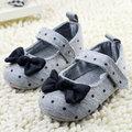 Малыш девушка горошек бантом детская кровать в обуви подошва комфорт детская обувь Prewalker