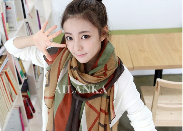 W010 Hot! Fashion New Ms. Winter Warm Scarf Star With Paragraph Voile Shawl Winter Scarves Muffler