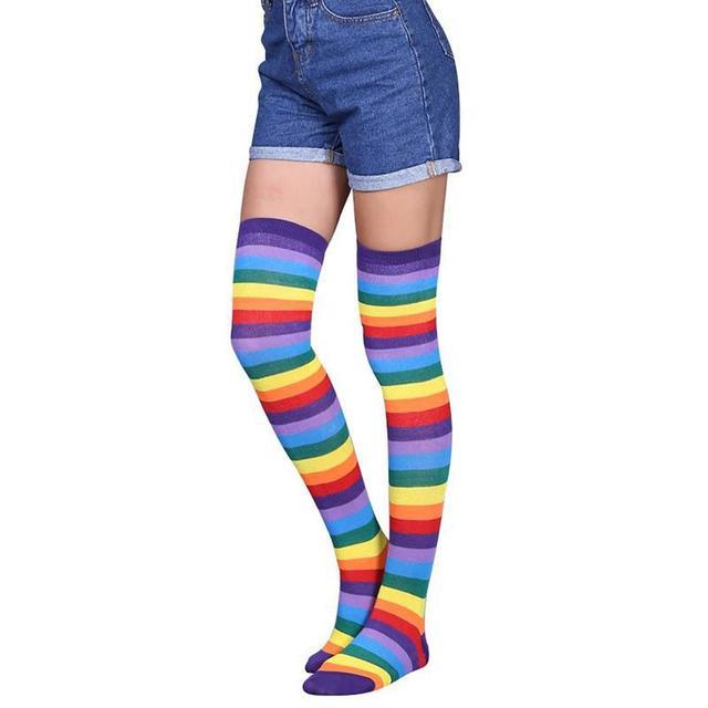 Радуга Для женщин носки гольфы Разноцветные полосатые выше колена гетры Для женщин девушки бедро высокие чулки гольфы челнока