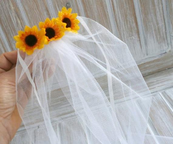 4a92a90769e velos novia Bachelorette Veil Bridal Shower Veil Sunflower Party Accessory  Headband Veil Sunflower Bride wedding veil-in Bridal Veils from Weddings    Events ...