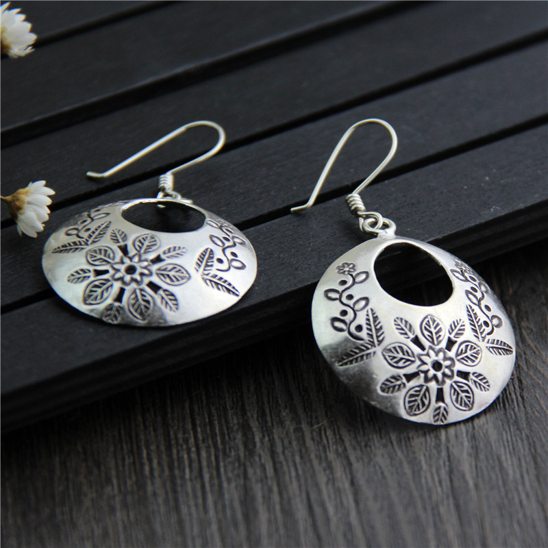 C&R Real 925 Sterling Silver Earrings for Women Carved Pattern Round Tag Thai Silver Drop Earrings Handmade Fine Jewelry