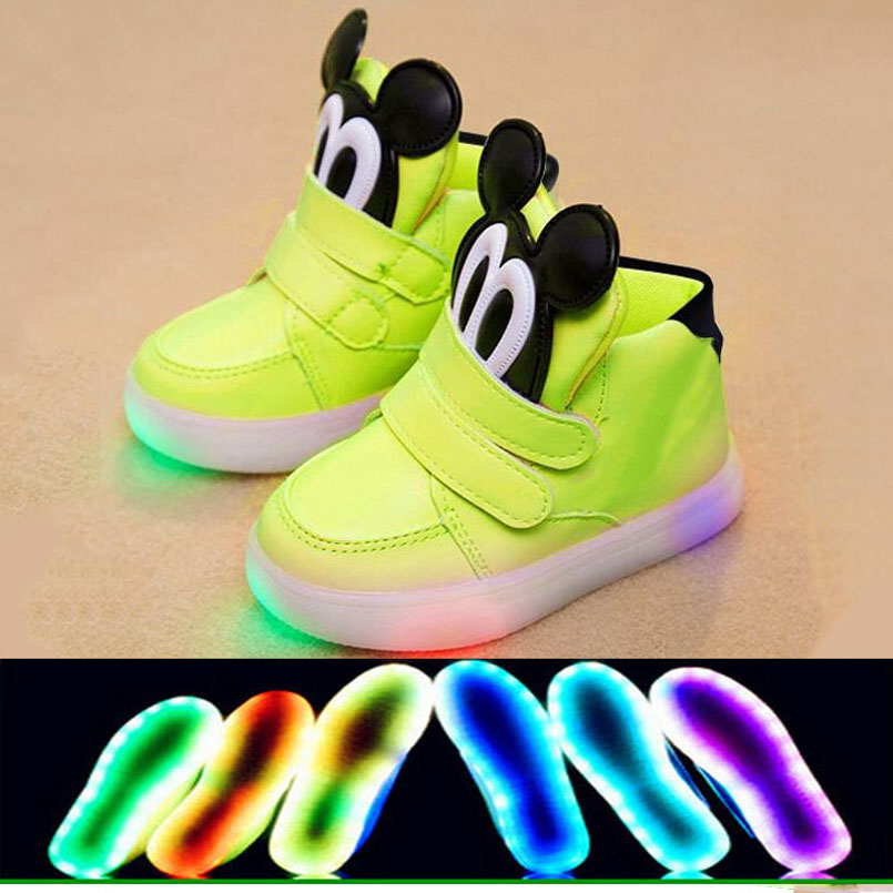 New 2018 European warm keep children boots LED lighted cartoon cute girls boys shoes Lovely glitter baby kids glowng sneakers