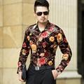 Nuevo Diseño 2016 de Otoño e Invierno Para Hombre de Terciopelo Floral Camisas Hombre de Manga Larga Camisa de Flores Impreso Vestido de Terciopelo de Oro