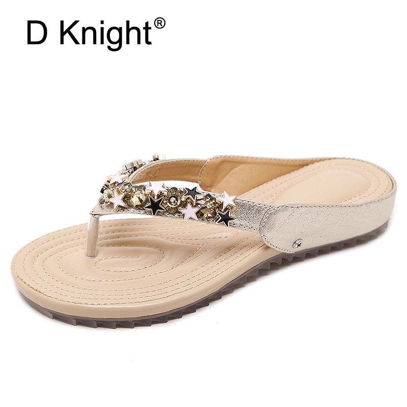 السيدات عارضة شقة زحافات الشرائح مريحة جديدة للنساء الأزياء نجمة معدنية الديكور شاطئ النعال زائد الحجم 35-42