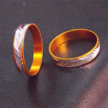 Classic simple fashion thin section narrow titanium ring silver / gold men and women models wedding geometry tail