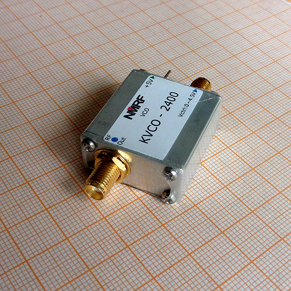 Free shipping KVCO 2400 2 4G RF microwave voltage controlled oscillator VCO sweep signal source signal