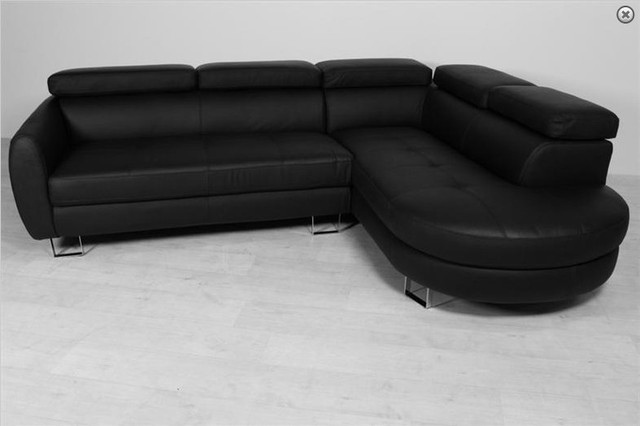 8268 Europe Style Modern Black Sofa Living Room Leather Sofas