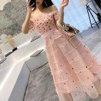 Summer Runway Dress 2019 High Quality Elegant Flower Embroidery Mesh Dress puff sleeve Ruffle princess Dress vestidos