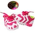 СВЕТОДИОДНОЙ вспышкой милый ребенок причинные ботинки тапки сетки мягкой дышащей обуви для bebe 3-18 М infantil новорожденных причинно открытый обувь горячие
