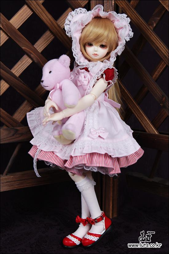 1/4 scale 42cm  BJD nude doll DIY Make up,Dress up SD doll.Cute Girl .not included Apparel and wig 1 4 scale 43cm bjd nude doll diy make up dress up sd doll girl elena not included apparel and wig