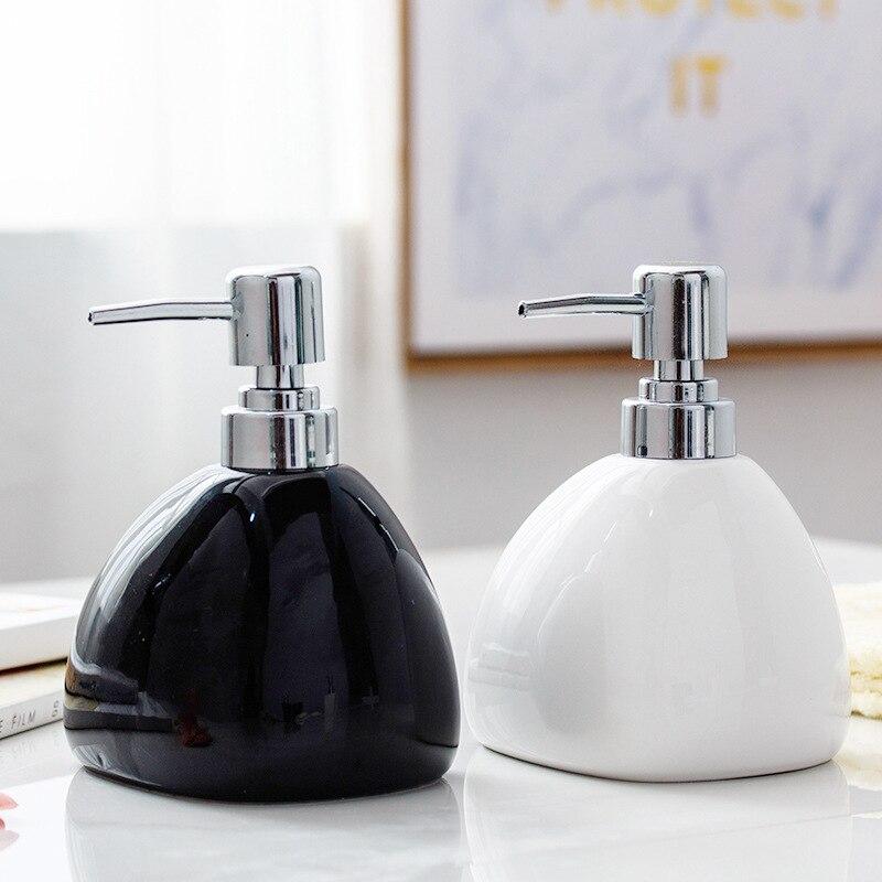 Bathroom Accessories Kit Ceramic Bathroom  450mlsanitizer/ Bath Lotion/ Wash Luxury Shampoo Bottles For Bathroom Big Capacity